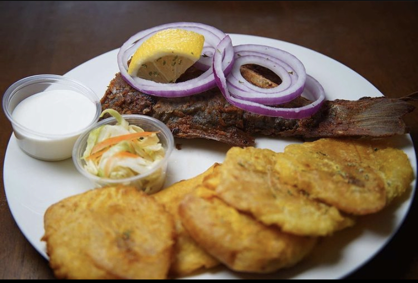 Fish Fritay with Pikliz and plantains. (Image:{ }Jusmaine Maitre)