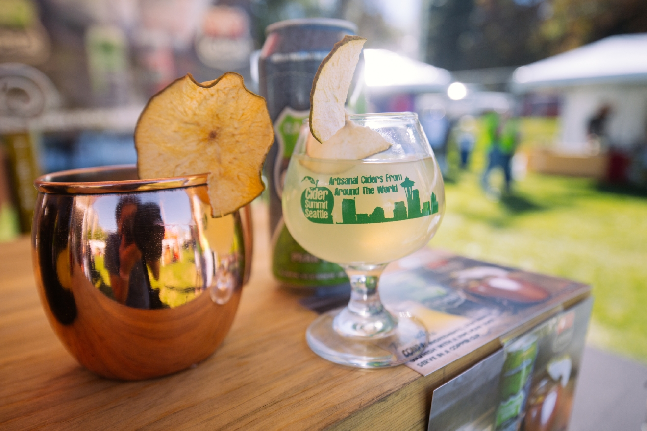 Easily one of my favorites of the day. I LOVE Moscow Mules and the taste of ginger beer  - so combining it into a cider was a no-brainer for my taste buds. And from the look of the line waiting for a taste from the Yakima cidery, I wasn't the only one! (Image: Joshua Lewis / Seattle Refined)
