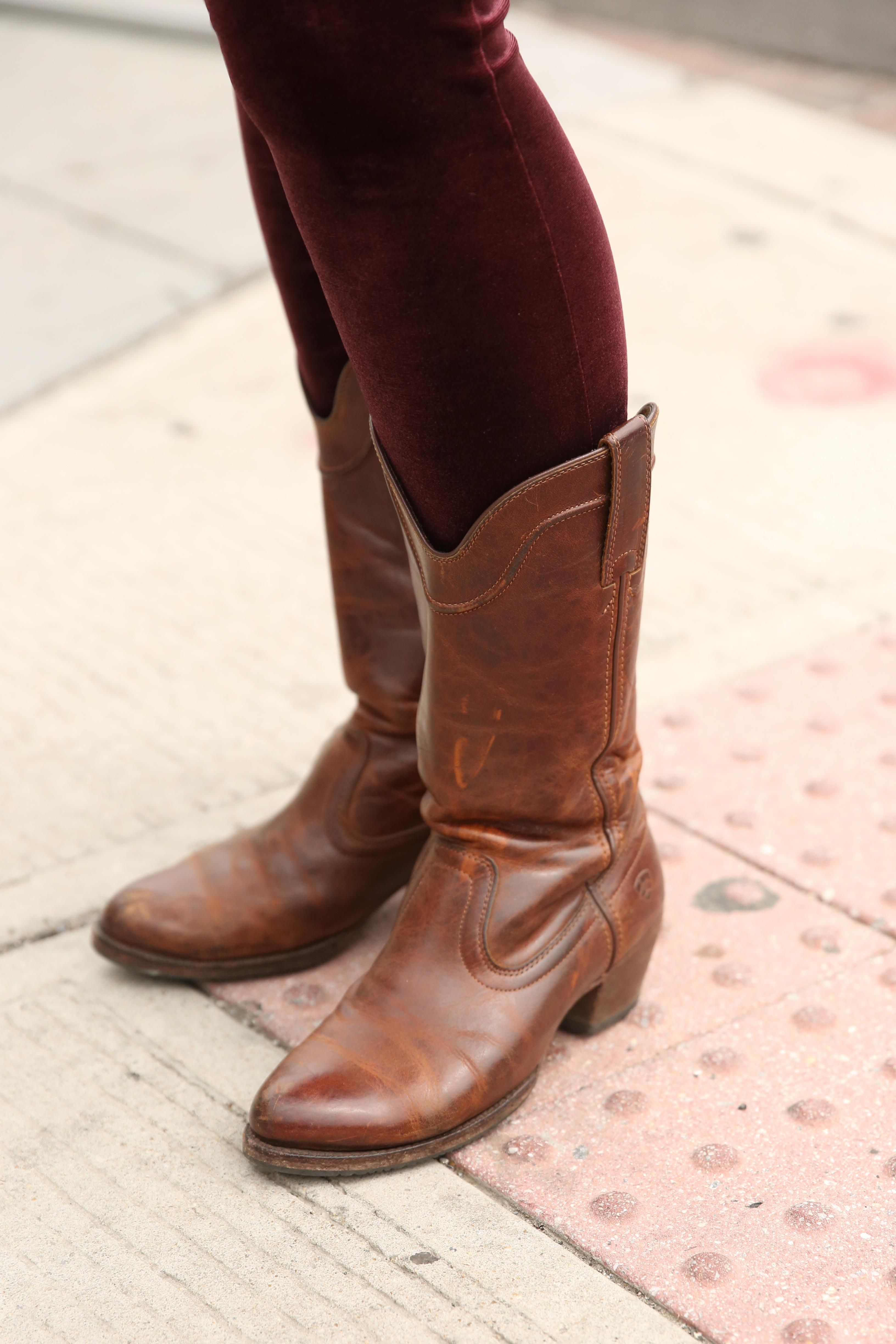 Also, check out those velvet leggings and cowboy boots! (Amanda Andrade-Rhoades/DC Refined)