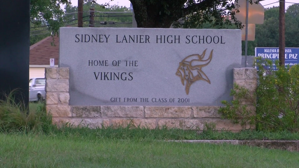 Austin ISD board approves changing name of Lanier High School to Juan Navarro