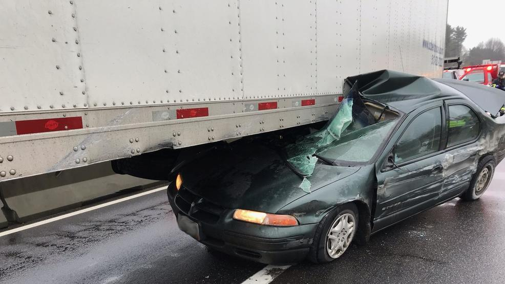 1 injured after car collides with tractor-trailer on Maine Turnpike