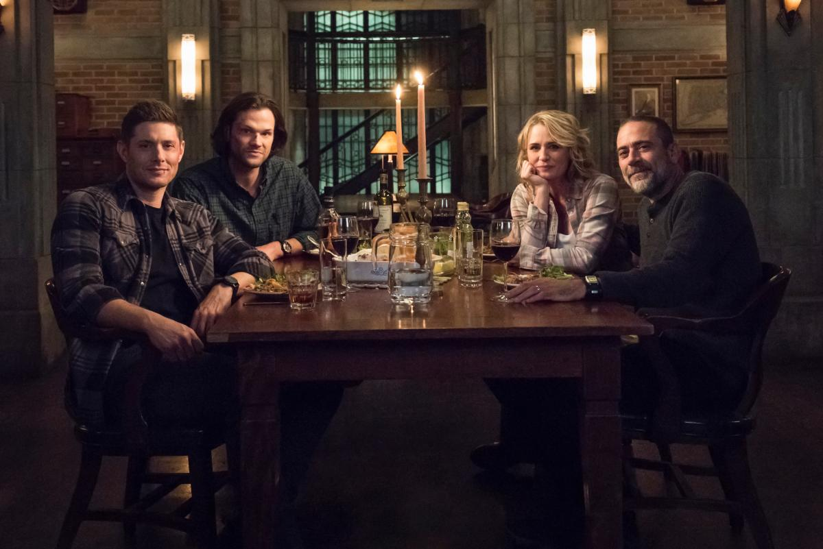 "Supernatural -- ""Lebanon"" -- Image Number: SN1413D_BTS_0372bc.jpg -- Pictured (L-R): Jensen Ackles as Dean, Jared Padalecki as Sam, Samantha Smith as Mary Winchester and Jeffrey Dean Morgan as John Winchester -- Photo: Dean Buscher/The CW -- �© 2019 The CW Network, LLC. All Rights Reserved."